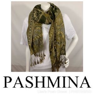 Pashmina Scarf in Paisley & Floral Print